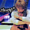 yasu_hugs