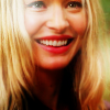Julie: LotS - Cara happy