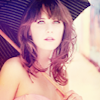 Zooey| pretty in pink