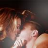 S6 - Lucas + Peyton Sexy Kiss