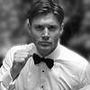 dolnmoon: Jensen b/w dancing