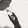 Zoeey | Umbrella jump