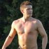 azabeth1: shirtless!jen