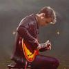 Dani: Kris and guitar