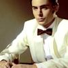 Bee: Zac – SNL - White Tuxedo