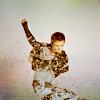 Miss. Brie: [CELEB] Elijah kicking water
