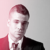 Nicole: Mark Salling - sharp dressed man!