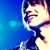 shige-dimple smile