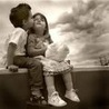 дети поцелуй