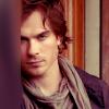 ラシヤ: Vampire Diaries :: Damon Peeking