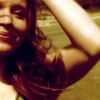 Claire_Promo_Season5_Green