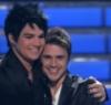 Idol finale hug