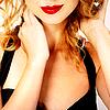 Taylor Swift neck