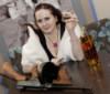 гангстерша с виски