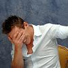 Джонни рыдает от смеха