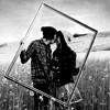 bw-couple-frame