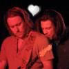 Deni: Chris/Steve - Shoulder-kiss