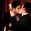 Dani: Glee- Klaine (kiss hold)