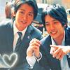 アリシャ: Ohmiya: holding hands