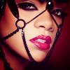 Marie: Rihanna - Sexy mask