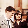 Elena: [Bones] Looks=love
