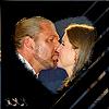 Steph/Trips kiss