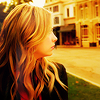 Pretty Litte Liars: Hanna sideways