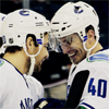 pexylexy: [hockey] max/chris  headbump