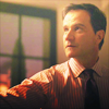 WhiteCollar-Peter look up