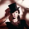 [celeb] emily blunt top hat