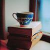 xfsista: Stock: Tea and books