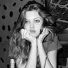 Lindsey - bored