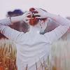 Рыжая в поле