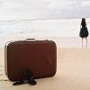 чемодан и море