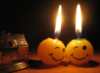 две свечки-улыбки