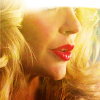 Era: pam | pink lipstick girl