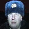 тупой мент в шапке