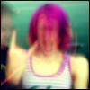 girl_distrait_9: headbanging