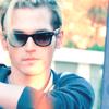 Mikey everyman sunglasses strand of hair
