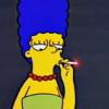 мардж курит