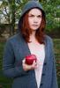 рут с яблоком
