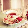 чай и клубника