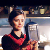 Bec: {DW} Rose // on the phone