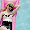 Irene | Pool