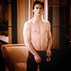 Elle: Damon stripping