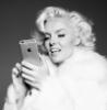 мэрлин с айфоном
