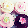 KSena: Cupcakes flowers by sparkling_sugar