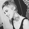 Edie: earrings