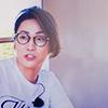 紫のチャンミン: MinHo glomping in happiness