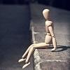 человечек одинокий сидит